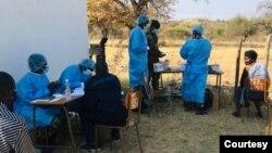 FILE: Zimbabwe National Army helping with COVID-19 vaccine jab at Ntepe in Gwanda, Matabeleland South province.