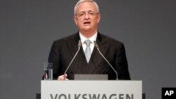 Martin Winterkorn ya había pedido disculpas por engañar a los reguladores.