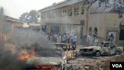 Gereja St. Theresa Catholic Church di Madalla, Suleja, dekat ibukota Abuja, Nigeria, sesaat pasca pemboman hari Natal lalu (Foto: dok).