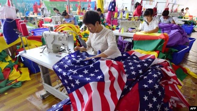 白宫对与中国恢复贸易磋商表示乐观
