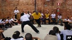 """""""Capoeira Angola"""" é instrumento de inclusão e símbolo da paz"""