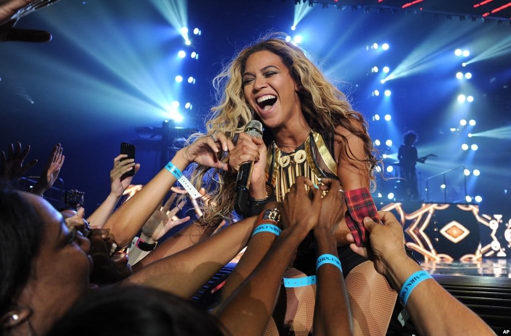 Beyonce World Tour  Asia