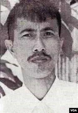 Nhà báo Nguiễn-Ngu-Í.