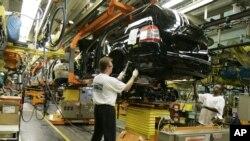 Ekspor Amerika turun 1 persen, akibat penjualan mobil, peralatan telekomunikasi dan peralatan berat menurun (foto: dok).