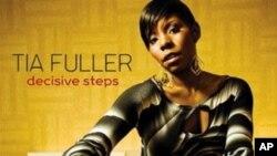 """Tia Fuller novim albumom """"Decisive Steps"""" potvrđuje svoj status jazz saksofonistice"""