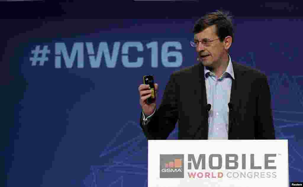 Vodafone's Chief Executive Vittorio Colao delivers a keynote speech during the Mobile World Congress in Barcelona, Spain Feb. 22, 2016.