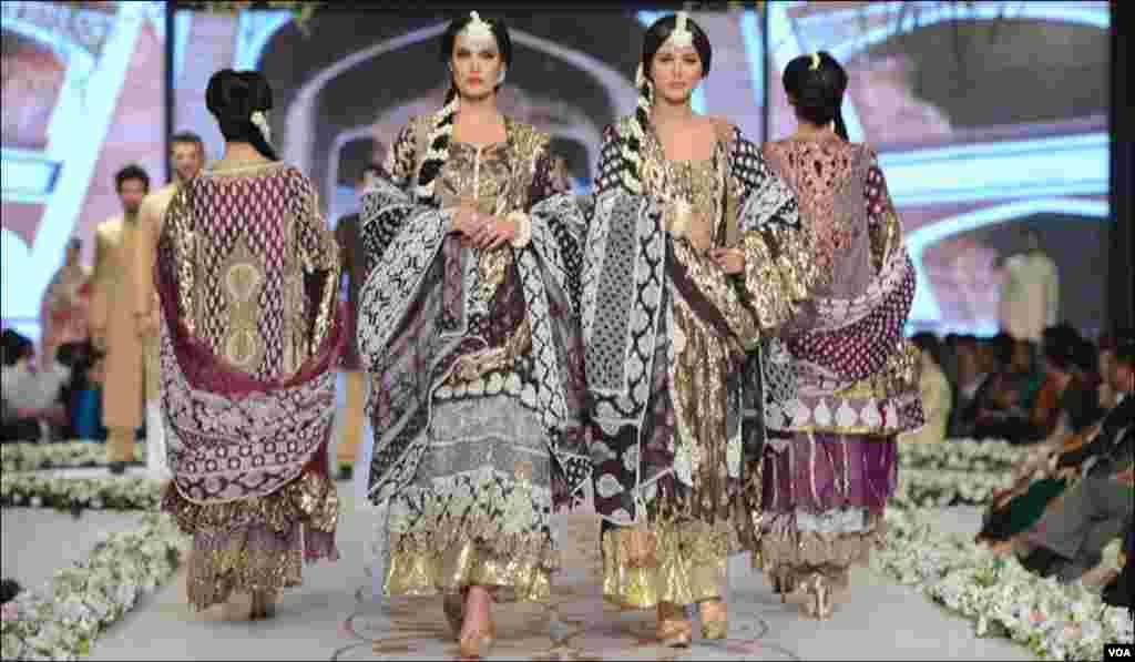 حسن شہر یار یاسین کے ملبوسات کی نمائش