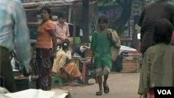 종족 분쟁으로 인권유린 문제를 겪고 있는 버마 주민들. (자료사진)