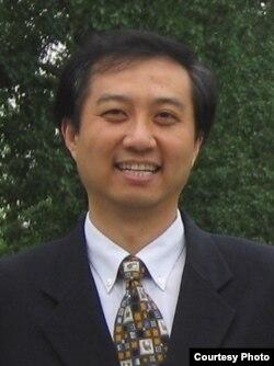 北京语言大学教授张华(照片由本人提供)