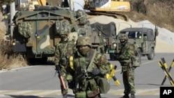 韩国海军陆战队守卫在延坪岛上