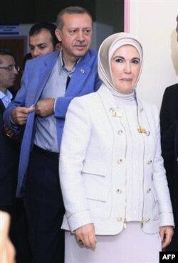 Erdog'an muxolifat bilan murosa va'da qildi