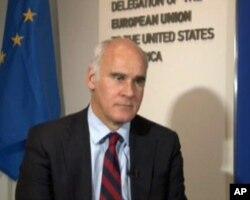 欧盟驻美国代表团团长若昂•阿尔梅达大使