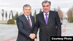 O'zbekiston Prezidenti Shavkat Mirziyoyev Tojikiston rahbari Emomali Rahmon bilan