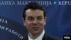 Попоски: Враќањето на придавката `македонски` би било логично од аспект на вредностите што ги промовира Европската унија.