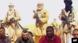 Une photo d'Internet sur des Français pris par en otage par Aqmi