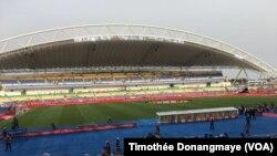 Le stade de Libreville, Gabon, 28 janvier 2017. (VOA/Timothée Donangmaye)