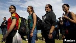20 mujeres y 71 varones viajaban en tránsito hacia los EEUU. Las autoridades migratorias ratificaron su compromiso de aplicar la ley sin distingos de nacionalidad.