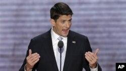 """Републиканскиот потпретседателски кандидат Пол Рајан вети крај на """"изговорите и пасивните фрази"""" за економијата доколку Американците го изберат Мит Ромни за нов претседател на гласањето во ноември."""