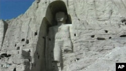بامیان میں واقع قد آور بدھ مجسمہ جسے طالبان نے تباہ کر دیا تھا۔ ( فائل فوٹو)