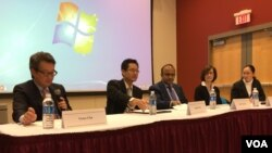워싱턴 소재 미국 가톨릭대학에서 27일 열린 토론회에서 전문가들이 북한인권을 논의하고 있다.