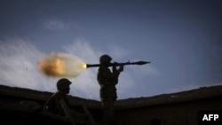 SHBA do të pezullojnë 800 milionë dollarë ndihma ushtarake për Pakistanin