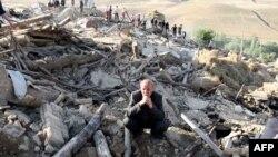 İran Tebriz Yakınlarındaki Depremde Bir Çok Kişi Hayatını Kaybetti