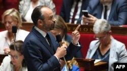 Le Premier ministre français Edouard Philippe s'adresse aux députés lors d'une séance de questions au gouvernement à l'Assemblée nationale française à Paris, le 12 juin 2018 (AFP PHOTO / Alain JOCARD).