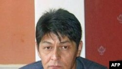 Nhà báo Abdulmalik Bobaev