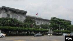 台湾外交部大楼(美国之音张永泰拍摄)