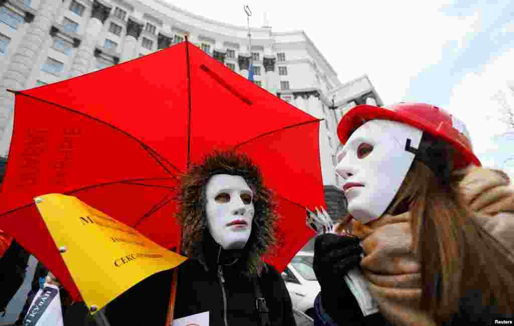 کارگران جنسی خواستار این هستند که کارشان قانونی شود؛ کییف، پایتخت اوکراین.