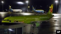 우크라이나 공항에 주기돼 있는 러시아행 직항 여객기 (자료사진)