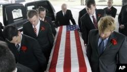 Funérailles de John Granville, un diplomate américain tué au Soudan (9 jan. 2008)