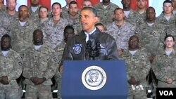 باراک اوباما در پایگاه بگرام - آرشیو
