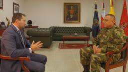Ministro de Defensa de Colombia y comandante de las FF.MM., general Luis Fernando Navarro, denuncia la expansión del ELN en Venezuela.