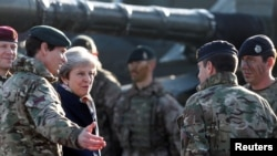 Theresay May visits UK troops in Tapa, Estonia