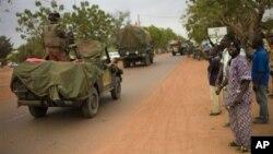 Победное продвижение объединенных сил Мали и Франции к оплоту исламистов в Гао.