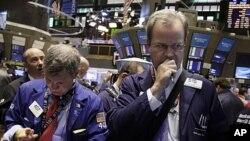 华尔街股票市场(资料照片)