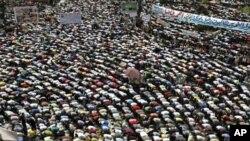 سرگرم مصری کارکنوں کی ' دوسرے انقلاب' کے لیے ریلی