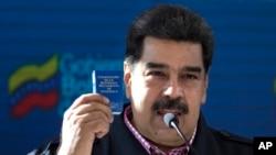 Nicolás Maduro juramentará el jueves 10 de enero como presidente reelecto de Venezuela ante el Tribunal Supremo de Justicia en un hecho inédito y en abierto desafío a la Asamblea Nacional controlada por la oposición.