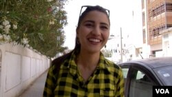 Tunis college student Ahlem Ferjani believes Ennahda is backwards. (L. Bryant/VOA)
