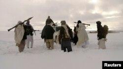 Бойцы группировки Талибан (архивное фото)