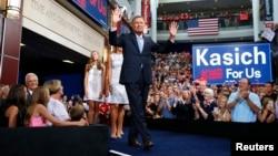 Thống đốc bang Ohio, ứng cử viên Tổng thống của Đảng Cộng hòa, ông John Kasich chính thức công bố chiến dịch tranh cử của mình ở Columbus, Ohio, ngày 21/7/2015.