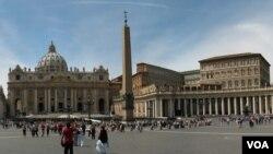 "Pihak Vatikan menyatakan ""bingung"" dengan penyelidikan kasus pencucian uang."