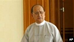 Tổng thống Thein Sein nói rằng chính phủ cam kết xác minh quốc tịch của những người cần trợ giúp, cũng như bảo vệ và hỗ trợ những công dân Myanmar