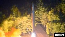 朝鲜2017年7月29日试射洲际弹道弹道。