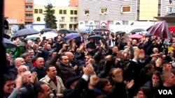 Kremtime në Prishtinë pas vendimit për Ramush Haradinajn
