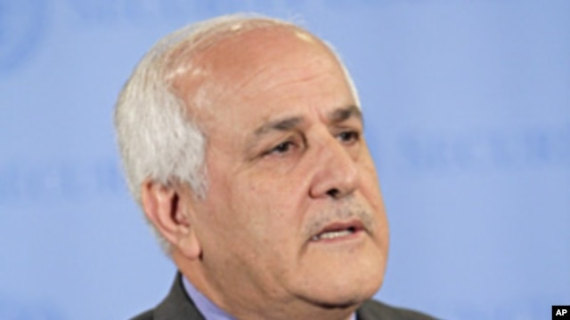 The Palestinian envoy to the U.N. Riyad Mansour speaks to reporters, Nov. 3, 2011 at United Nations headquarters.
