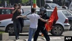 Приштина, 12 мая 2011
