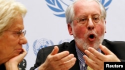 Paulo Pinheiro, presidente de la Comisión de Investigación sobre Siria de la ONU, en una rueda de prensa en Ginebra.