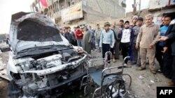 Hiện trường sau một vụ đánh bom xe ở Iraq